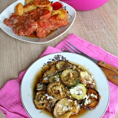 Zucchini with garlic vinegar sauce