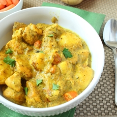 Creamy chicken curry on Chick o Bowl
