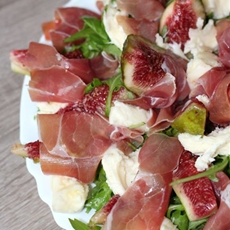 Prosciutto and fig salad