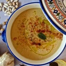 Moroccan bean soup (Bessara)