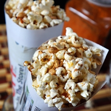 SPICY POPCORN AND PEANUTS: LAGOS STREET FOOD