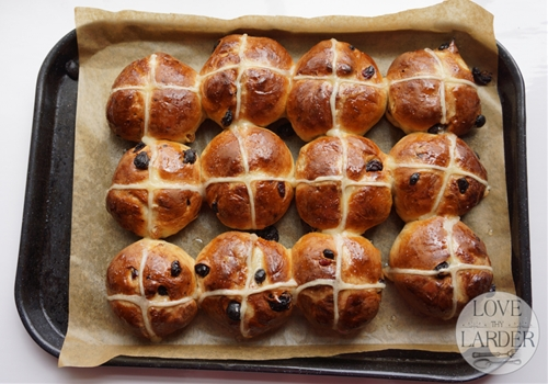 Traditional Easter Hot Cross Buns