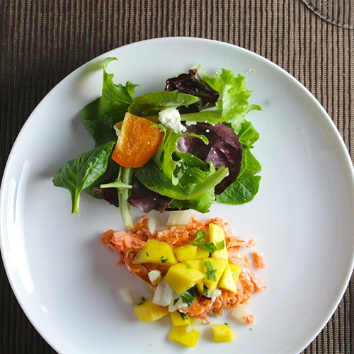 Salmon with Mango Salsa #SundaySupper