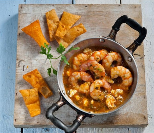 Fried shrimp with feta