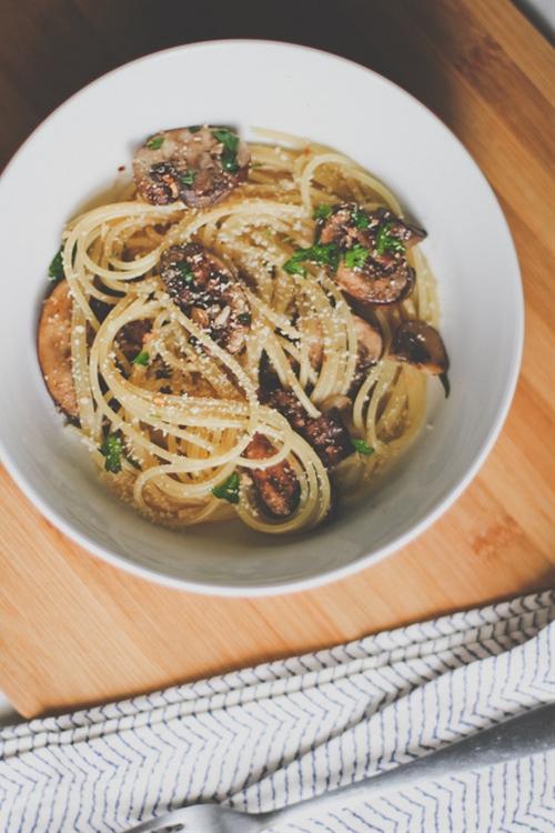 Vegan Spaghetti with Mushrooms