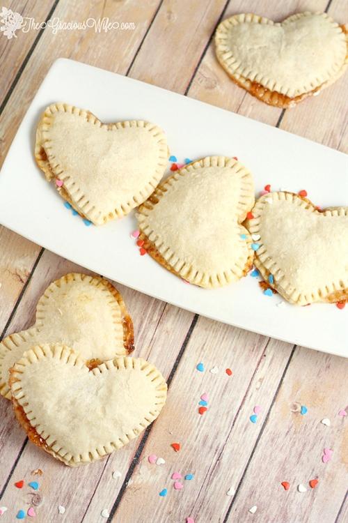 Mini Heart Pies