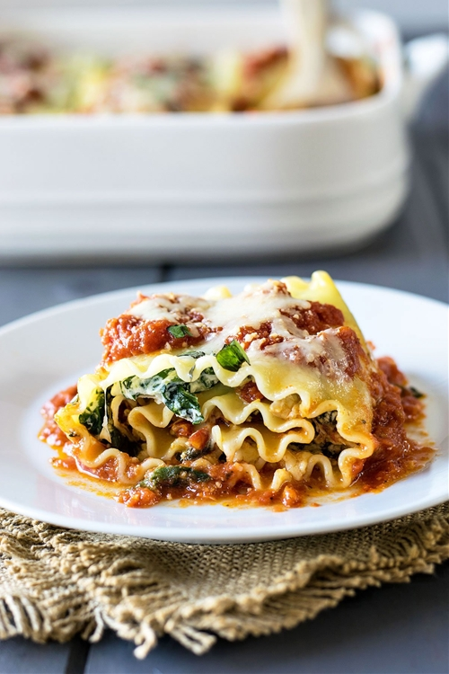 Chicken and Sun Dried Tomato Lasagna Roll