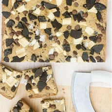 Cookies and Cream Blondies