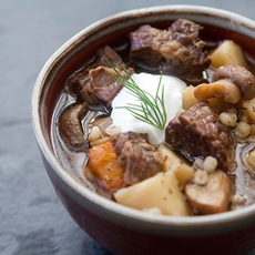 Delicious Beef and Barley Stew with Mushrooms