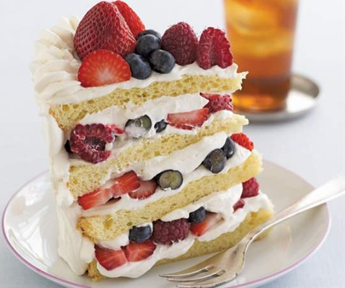 Summer Berry Shortcakes With Vanilla Sauce