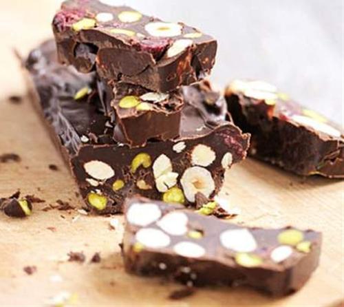 Crunchy Chocolate Raisin Fudge