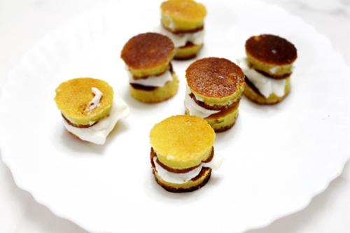Super Mini Layer Cakes!
