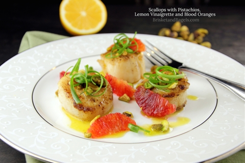 SCALLOPS WITH PISTACHIOS, LEMON VINAIGRETTE AND BLOOD ORANGES