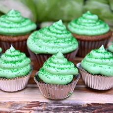 Baileys Irish Cream Soaked Cupcakes
