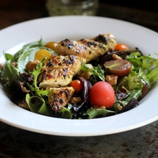 Baby Reds & Baby Greens Salad with Roasted Garlic Basil Dressing