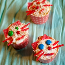 Piña Colada Cat Cupcakes