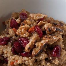 Goji Berry Oatmeal
