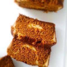 Pumpkin Bread with Cream Cheese Swirl