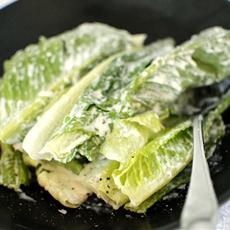 Romaine Hearts with Caesar Salad Dressing
