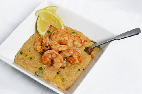 Spicy Sriracha Shrimp & Grits