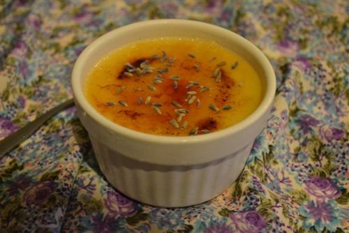 Lavender and honey crème brûlée