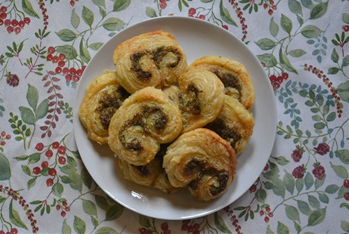 Pesto and Parmesan palmiers