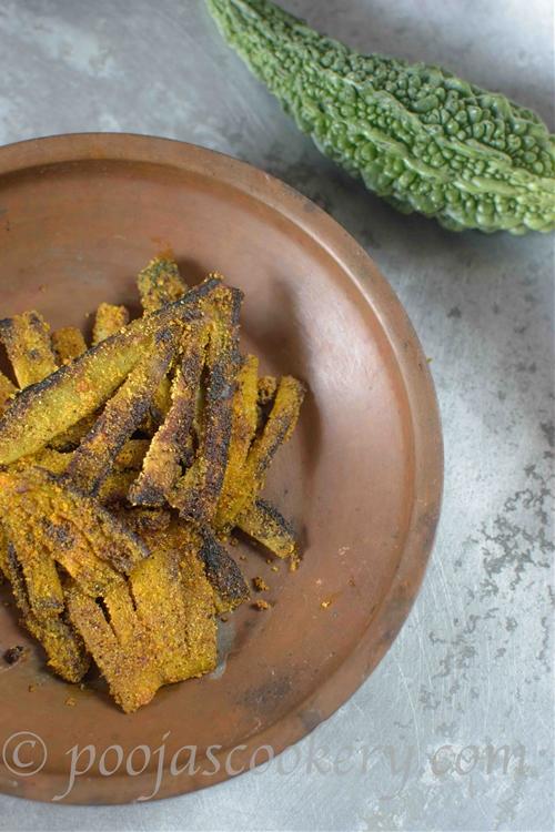 Karatyachyo Fodi / Pan Fried Bitter Gourd