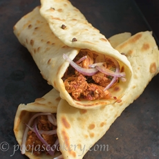 Recheado Chicken Naan Wraps