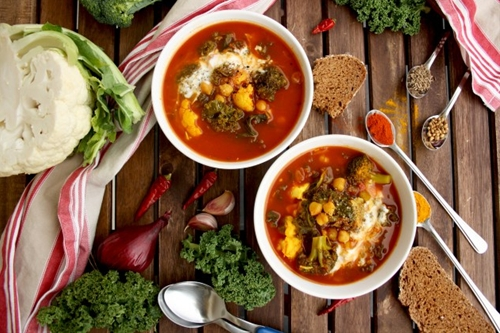 Vegan Cauliflower Stew with Broccoli, Chick Peas and Kale