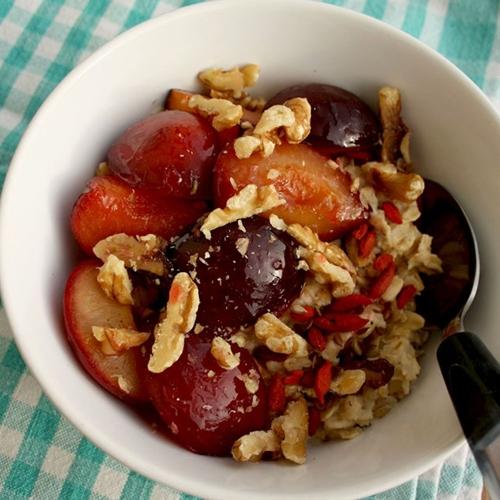12 Seasonal Oatmeal Ideas