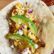 Bacon Potato Egg Breakfast Tacos