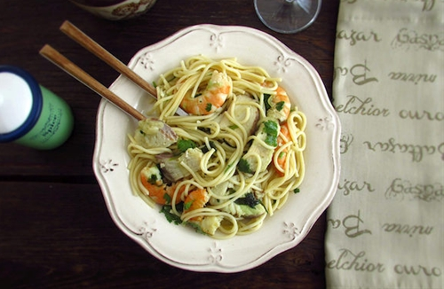 Spaghetti with dogfish and shrimp