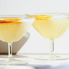 Prosecco Ginger Fizz Cocktail