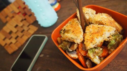 Tofu triangles with panko and stir fry veggies