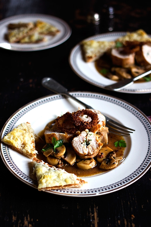Parsley Butter Chicken with Spicy Mushrooms