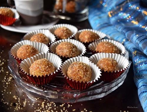 No Bake Almond Date Apricot Sugar Plums