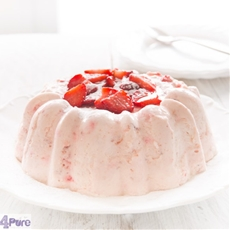 Strawberry pudding with fresh strawberries, a delicious
