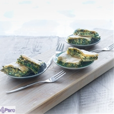katmer pie with spinach and ricotta filling