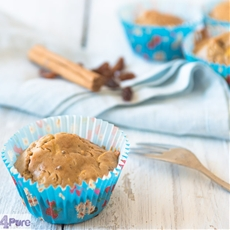 Muffin with apple and raisins