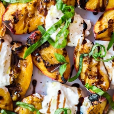 Grilled Peaches and Burrata Salad