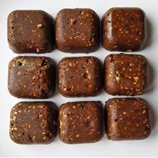 Raw Vegan Chocolate Hemp Protein Bars