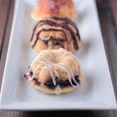 Mini Sour Cream Bundt Cakes