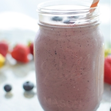 PB Banana Berry Protein Smoothie