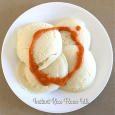 Instant Idli (Steamed Rice Flour Dumplings)