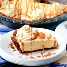 No-Bake Dulce de Leche Cheesecake Pie