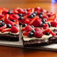 Gluten Free Brownie n Berries Dessert Pizza