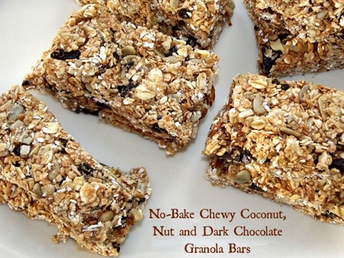 Healthy No-Bake Chewy Granola Bars with Nuts, Coconut & Dark Chocolate
