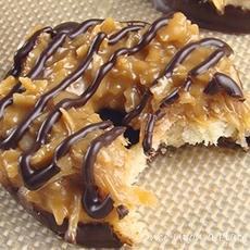 Homemade Samoas (Caramel de-Lites)