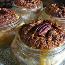 Pecan Pie in Mason Jars!!