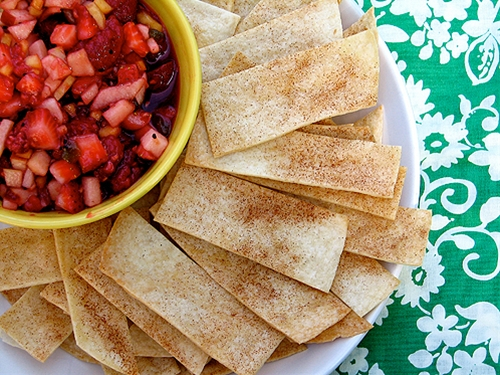 Annies Fruit Salsa & Cinnamon Chips